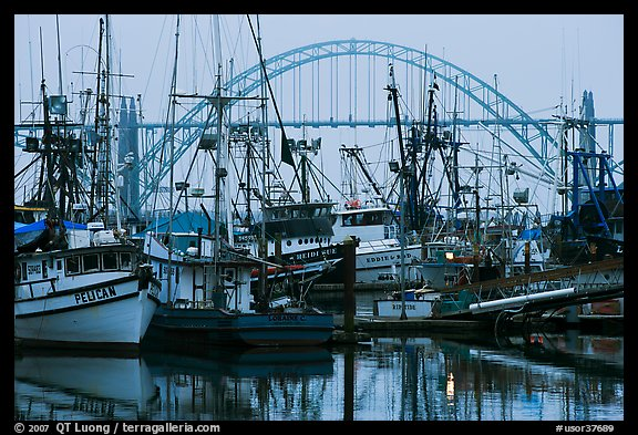 11 great ee resources for july clearing a resource for Newport oregon fishing